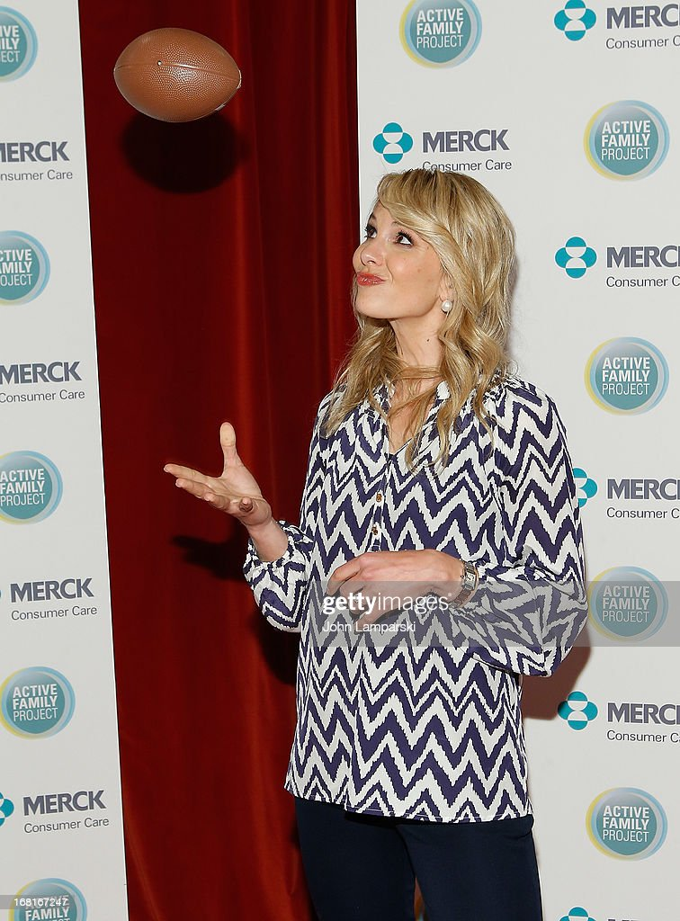 Emmy Winning co-host Elisabeth Hasselbeck attends Active Family Project Kick-Off Event at Gramercy Park Hotel Rooftop on May 6, 2013 in New York City.