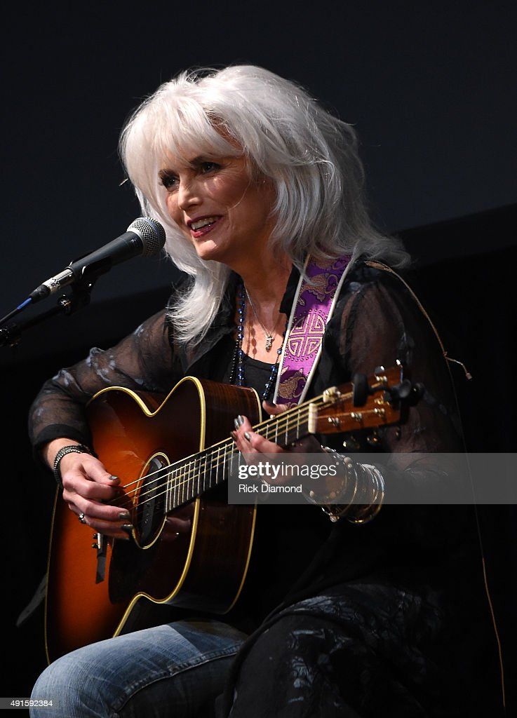 The Country Music Hall Of Fame & Museum Presents All For The Hall New York Benefit Concert Featuring Vince Gill, Emmylou Harris, Brad Paisley, Paul Simon And Carrie Underwood - Show