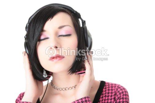 Emo Fille Dans Un Casque écouter De La Musique Photo Thinkstock