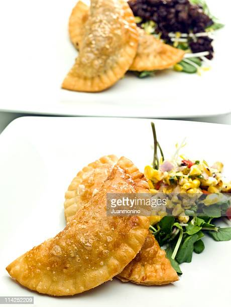 Empanadas (Se ofrecen pasteles de carne