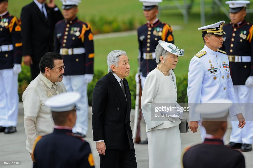 <a gi-track='captionPersonalityLinkClicked' href=/galleries/search?phrase=Emperor+Akihito&family=editorial&specificpeople=14011468 ng-click='$event.stopPropagation()'>Emperor Akihito</a> and <a gi-track='captionPersonalityLinkClicked' href=/galleries/search?phrase=Empress+Michiko&family=editorial&specificpeople=158725 ng-click='$event.stopPropagation()'>Empress Michiko</a> walk with Manila Mayor <a gi-track='captionPersonalityLinkClicked' href=/galleries/search?phrase=Joseph+Estrada&family=editorial&specificpeople=553277 ng-click='$event.stopPropagation()'>Joseph Estrada</a> and Vice Admiral Caesar Taccad as they offer a wreath of flowers at the monument of Philippine national hero Jose Rizal on January 27, 2016 in Manila, Philippines. The emperor and empress of Japan started their five-day state visit to the Philippines on Tuesday to highlight the 60 years of strong diplomatic ties between the two nations.