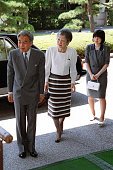 Emperor Akihito Empress Michiko and Princess Sayako visit the Museum of the Imperial Collections at the Imperial Palace on August 17 2001 in Tokyo...