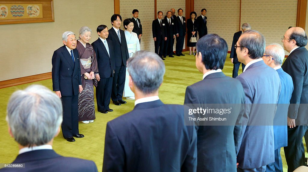<a gi-track='captionPersonalityLinkClicked' href=/galleries/search?phrase=Emperor+Akihito&family=editorial&specificpeople=14011468 ng-click='$event.stopPropagation()'>Emperor Akihito</a>, <a gi-track='captionPersonalityLinkClicked' href=/galleries/search?phrase=Empress+Michiko&family=editorial&specificpeople=158725 ng-click='$event.stopPropagation()'>Empress Michiko</a>, <a gi-track='captionPersonalityLinkClicked' href=/galleries/search?phrase=Crown+Prince+Naruhito&family=editorial&specificpeople=158365 ng-click='$event.stopPropagation()'>Crown Prince Naruhito</a>, Prince Akishino and <a gi-track='captionPersonalityLinkClicked' href=/galleries/search?phrase=Princess+Kiko+of+Akishino&family=editorial&specificpeople=14751927 ng-click='$event.stopPropagation()'>Princess Kiko of Akishino</a> greet guests at a tea party inviting the Japan Academy Awards laureates at the Imperial Palace on June 27, 2016 in Tokyo, Japan.