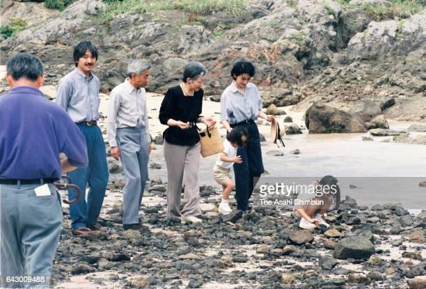 Emperor Akihito Empress Michiko Prince Akishino Princess Kiko Princess Mako and Princess Kako spend at a beach near the Suzaki Imperial Villa on...