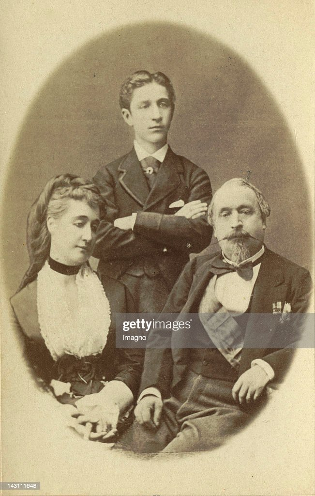 Emperor <a gi-track='captionPersonalityLinkClicked' href=/galleries/search?phrase=Napoleon+III&family=editorial&specificpeople=79405 ng-click='$event.stopPropagation()'>Napoleon III</a> of France in his Exil in Chislehurst near London with empress Eugénie and the Son Napoléon Eugène Louis Bonaparte. Photograph. August 1872.