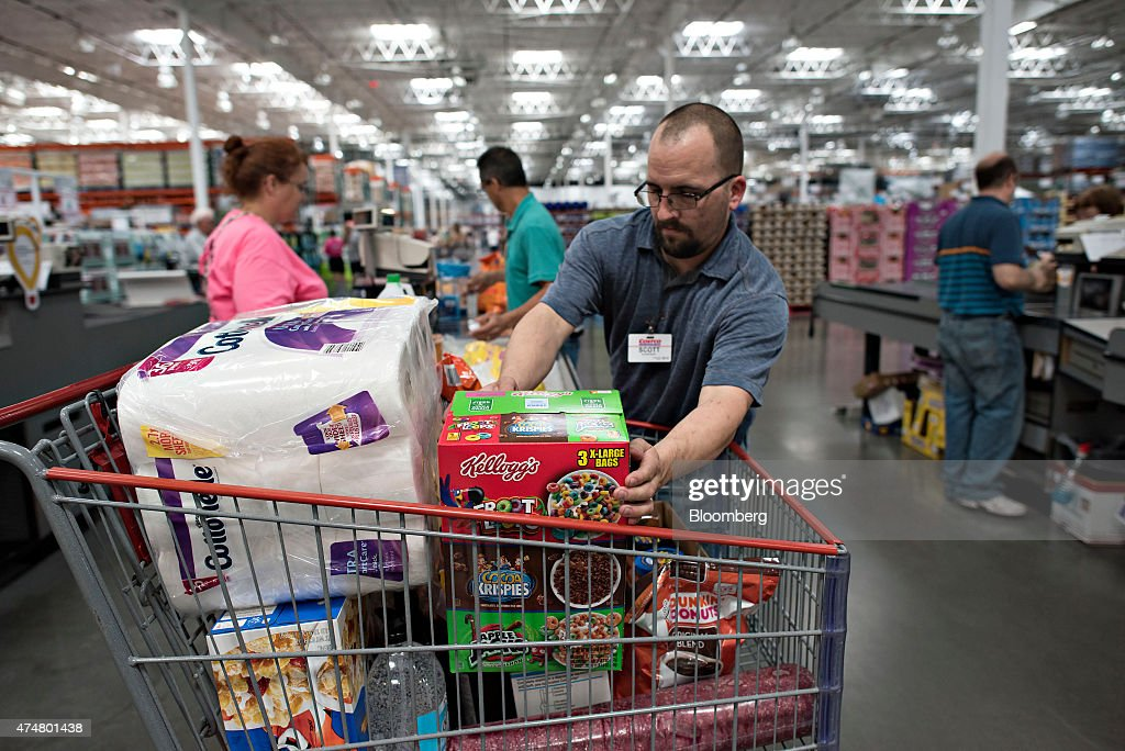 inside costco wholesale co ahead of earnings release getty images. Black Bedroom Furniture Sets. Home Design Ideas