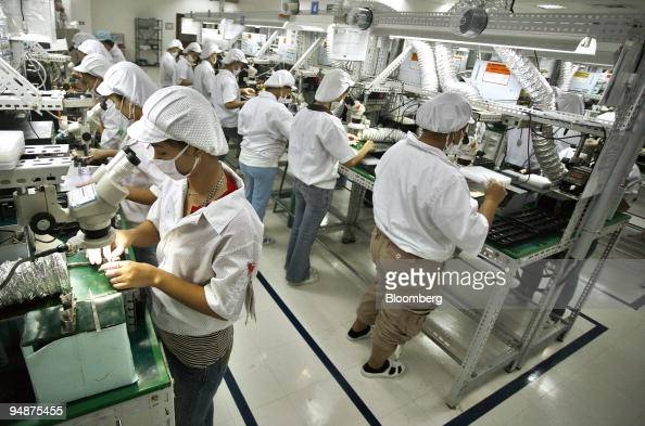 Electronic Assembly Workers : Santa rosa philippines stock photos and pictures getty