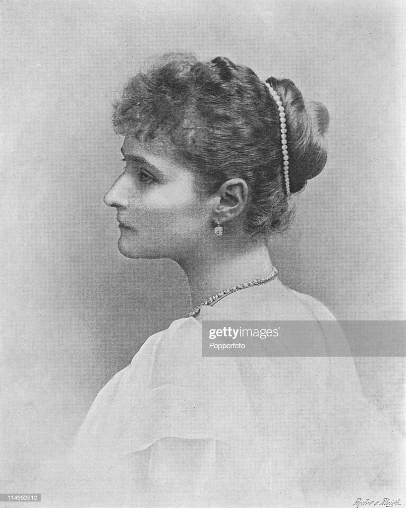 Empress Alexandra Feodorovna of Russia (1872 - 1918), the consort of Tsar Nicholas II, 1894. Original Publication : The Illustrated London News - pub. 17th November 1894.