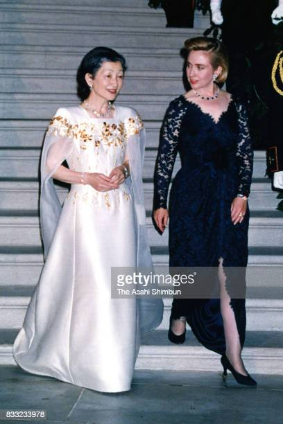 Empress Michiko and Hillary Clinton are seen prior to the state dinner at the Rose Garden of the White House on June 13 1994 in Washington DC