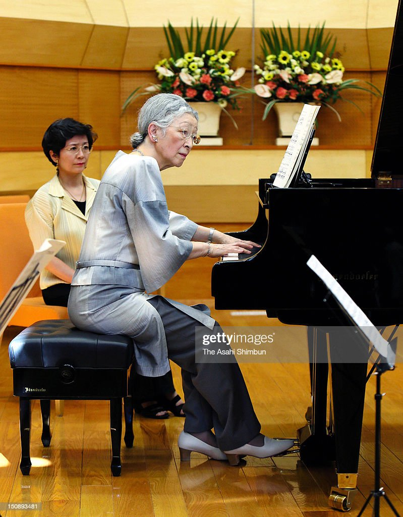 <a gi-track='captionPersonalityLinkClicked' href=/galleries/search?phrase=Empress+Michiko&family=editorial&specificpeople=158725 ng-click='$event.stopPropagation()'>Empress Michiko</a> plays piano during the workshop of the Kusatsu International Summer Music Academy & Festival on August 27, 2012 in Kusatsu, Gunma, Japan.