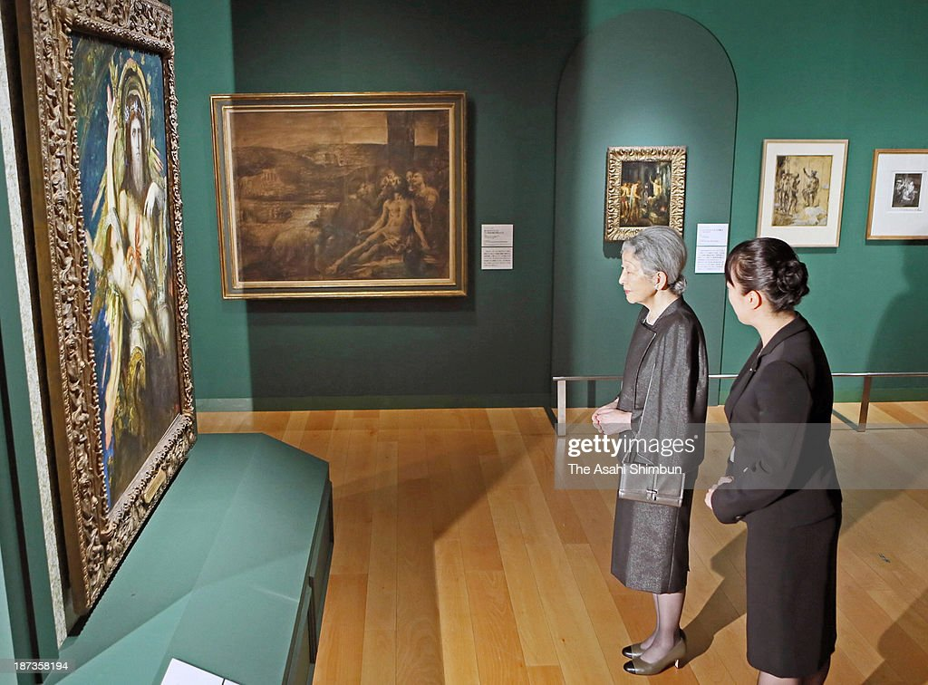 Empress Michiko (L) visits the 'Gustave Moreau et Georges Rouault: Filiation' at Panasonic Shiodome Museum on November 7, 2013 in Tokyo, Japan.