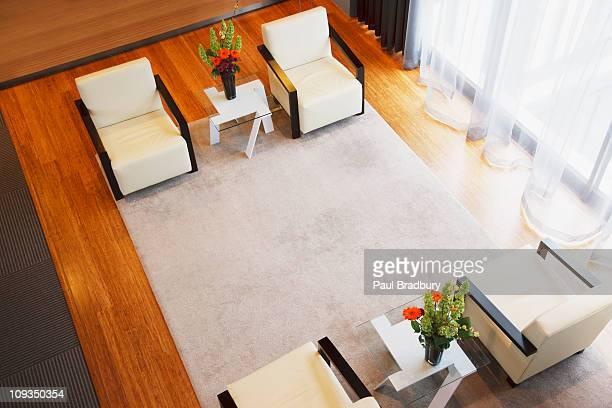 Leeren Stühlen im modernen lobby