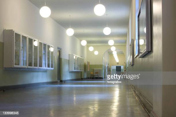 Vide étage dans une école