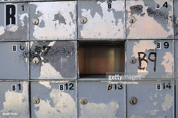 Empty mail box