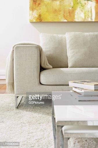 Vuoto soggiorno moderno