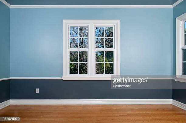 Vide chambre avec fenêtre