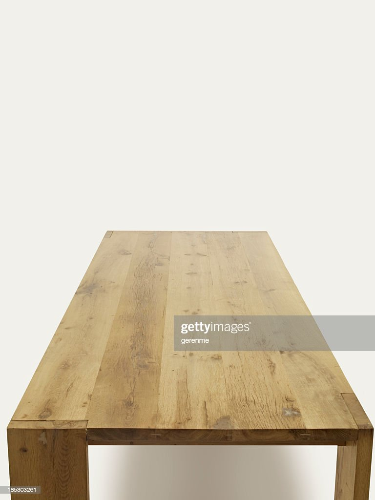 empty table for place setting