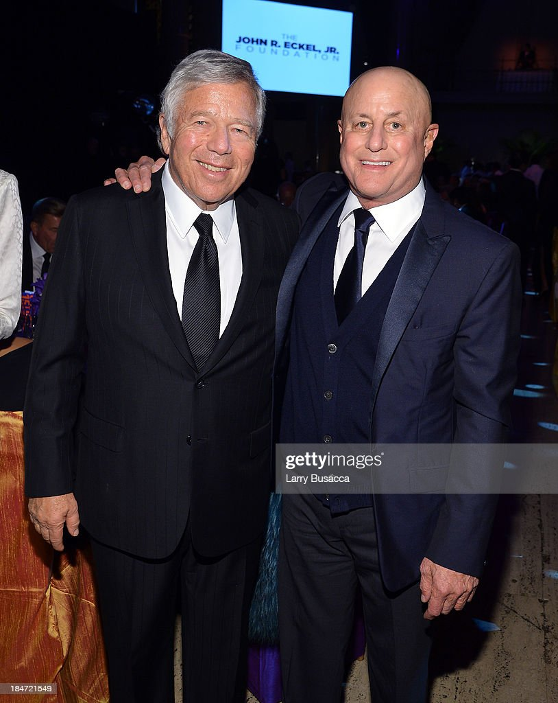 Enduring Vision Award Honoree Ronald O. Perelman (R) and <a gi-track='captionPersonalityLinkClicked' href=/galleries/search?phrase=Robert+Kraft&family=editorial&specificpeople=221220 ng-click='$event.stopPropagation()'>Robert Kraft</a> attend the Elton John AIDS Foundation's 12th Annual An Enduring Vision Benefit at Cipriani Wall Street on October 15, 2013 in New York City.
