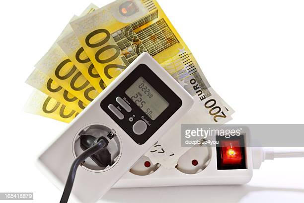 Energy saving- current meter with european notes