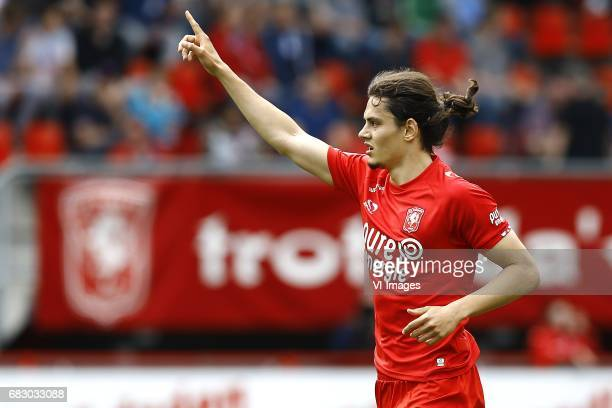 Enes Unal of FC Twente scoredduring the Dutch Eredivisie match between FC Twente and FC Groningen at the Grolsch Veste on May 14 2017 in Enschede The...