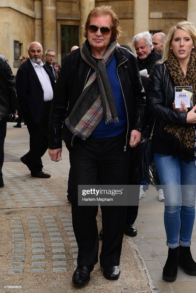 <a gi-track='captionPersonalityLinkClicked' href=/galleries/search?phrase=Engelbert+Humperdinck+-+Singer&family=editorial&specificpeople=239022 ng-click='$event.stopPropagation()'>Engelbert Humperdinck</a> sighted leaving BBC Radio Four on March 21, 2014 in London, England.