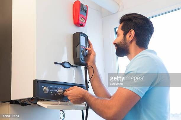 Technicien d'entretien Chaudière de chauffage Central