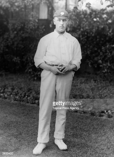 England and Yorkshire cricketer Wilfred Rhodes Original Publication People Disc HK0136