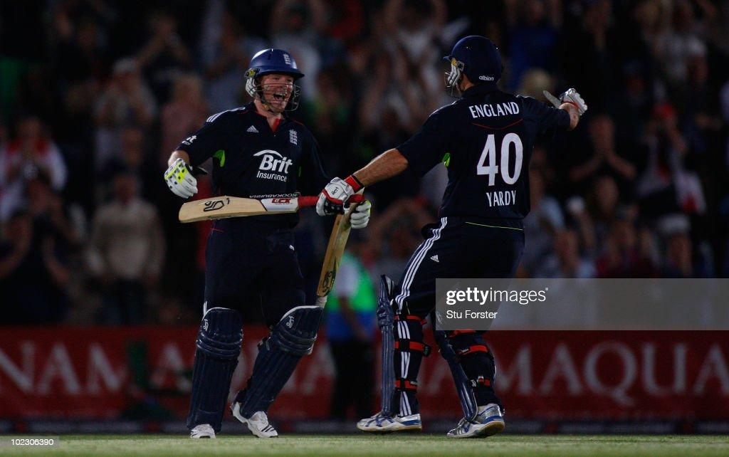 England v Australia - 1st NatWest ODI