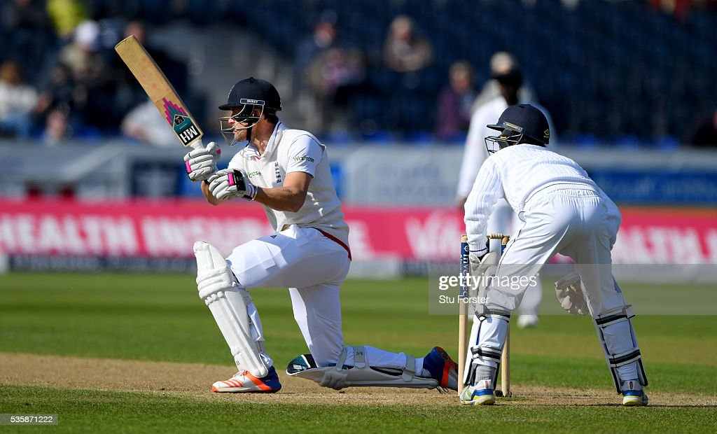 England batsman <a gi-track='captionPersonalityLinkClicked' href=/galleries/search?phrase=Nick+Compton&family=editorial&specificpeople=654760 ng-click='$event.stopPropagation()'>Nick Compton</a> hits the winning runs during day four of the 2nd Investec Test match between England and Sri Lanka at Emirates Durham ICG on May 30, 2016 in Chester-le-Street, United Kingdom.