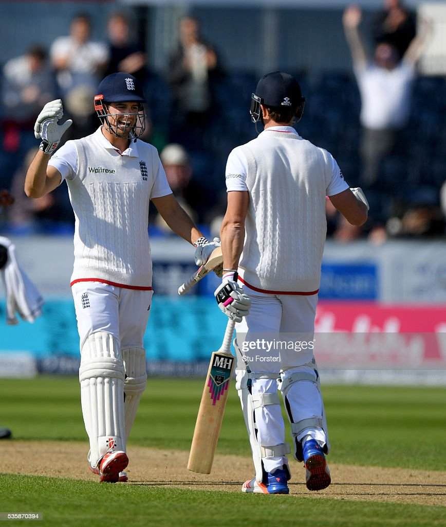 England batsmen <a gi-track='captionPersonalityLinkClicked' href=/galleries/search?phrase=Alastair+Cook+-+Cricket+Player&family=editorial&specificpeople=571475 ng-click='$event.stopPropagation()'>Alastair Cook</a> (l) and Nick Compton celebrate as England win by 9 wickets during day four of the 2nd Investec Test match between England and Sri Lanka at Emirates Durham ICG on May 30, 2016 in Chester-le-Street, United Kingdom.