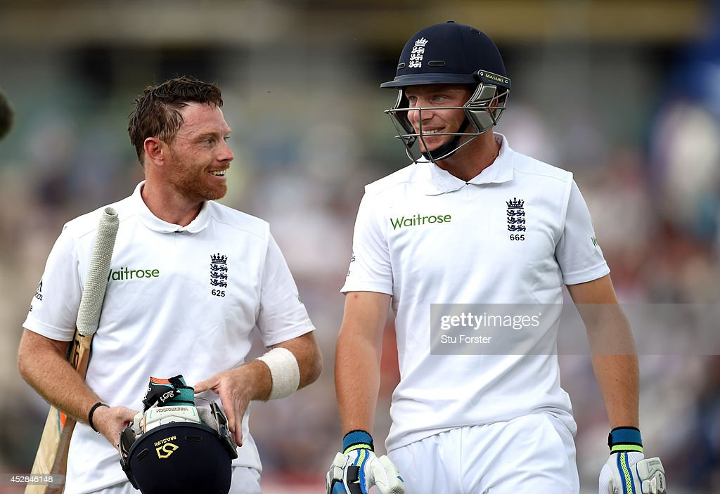 England batsmen Ian Bell (l) and Jos Buttler leave the field at tea during day two of the 3rd Investec Test at Ageas Bowl on July 28, 2014 in Southampton, England.