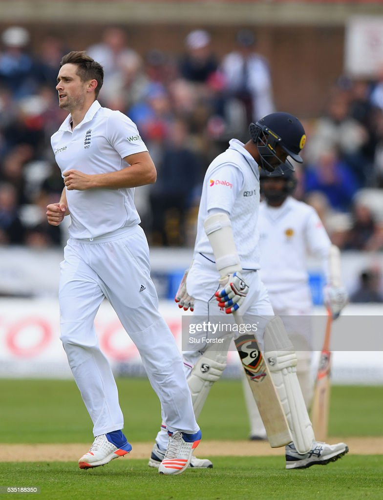 England bowler <a gi-track='captionPersonalityLinkClicked' href=/galleries/search?phrase=Chris+Woakes&family=editorial&specificpeople=4444585 ng-click='$event.stopPropagation()'>Chris Woakes</a> celebrates after dismissing Dimuth Karunaratne during day three of the 2nd Investec Test match between England and Sri Lanka at Emirates Durham ICG on May 29, 2016 in Chester-le-Street, United Kingdom.