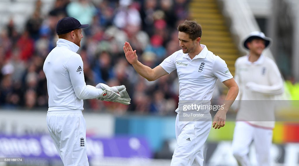 England bowler <a gi-track='captionPersonalityLinkClicked' href=/galleries/search?phrase=Chris+Woakes&family=editorial&specificpeople=4444585 ng-click='$event.stopPropagation()'>Chris Woakes</a> celebrates with Jonny Bairstow (l) after dismissing Dimuth Karunaratne during day three of the 2nd Investec Test match between England and Sri Lanka at Emirates Durham ICG on May 29, 2016 in Chester-le-Street, United Kingdom.