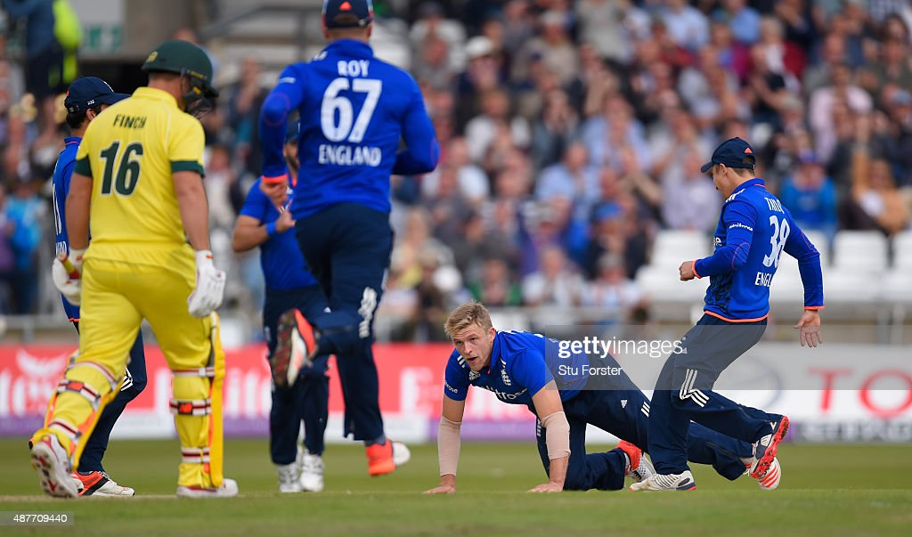 England bowler <a gi-track='captionPersonalityLinkClicked' href=/galleries/search?phrase=David+Willey+-+Cricketer&family=editorial&specificpeople=14835104 ng-click='$event.stopPropagation()'>David Willey</a> celebrates after dismissing Australia batsman <a gi-track='captionPersonalityLinkClicked' href=/galleries/search?phrase=Aaron+Finch+-+Cricket+Player&family=editorial&specificpeople=724040 ng-click='$event.stopPropagation()'>Aaron Finch</a> during the 4th Royal London One-Day International match between England and Australia at Headingley on September 11, 2015 in Leeds, England.