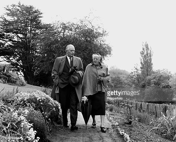 England British actress Margaret Rutherford is pictured with her husband Skinner Davies in the Botanical Gardens Oxford