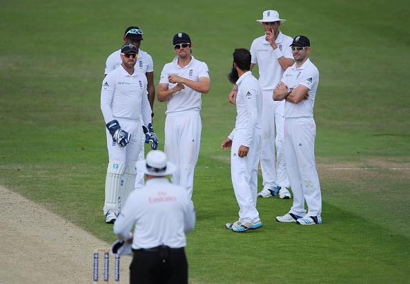 Cricket - Investec Test Series England vs. Sri Lanka - 2nd Test Leeds : News Photo