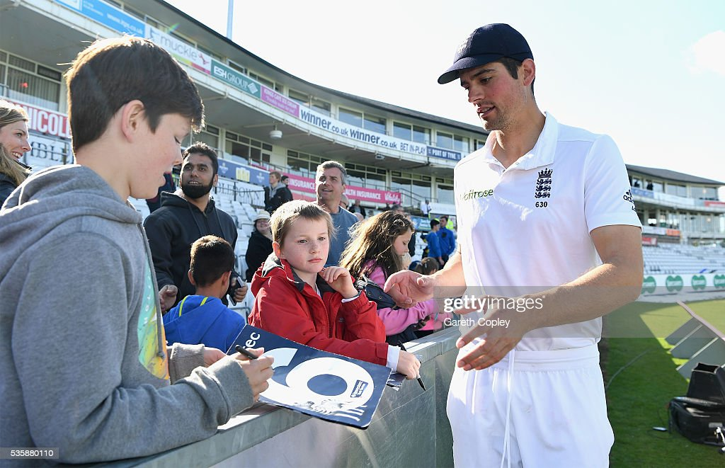 England captain <a gi-track='captionPersonalityLinkClicked' href=/galleries/search?phrase=Alastair+Cook+-+Cricket+Player&family=editorial&specificpeople=571475 ng-click='$event.stopPropagation()'>Alastair Cook</a> signs autographs after winning the 2nd Investec Test match between England and Sri Lanka at Emirates Durham ICG on May 30, 2016 in Chester-le-Street, United Kingdom.