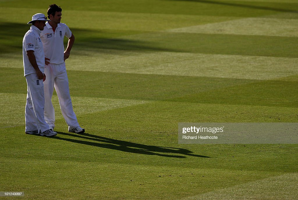 England Captain Andrew Strauss talks with James Anderson during day two of the 1st npower Test between England and Bangladesh at Lords on May 28, 2010 in London, England.