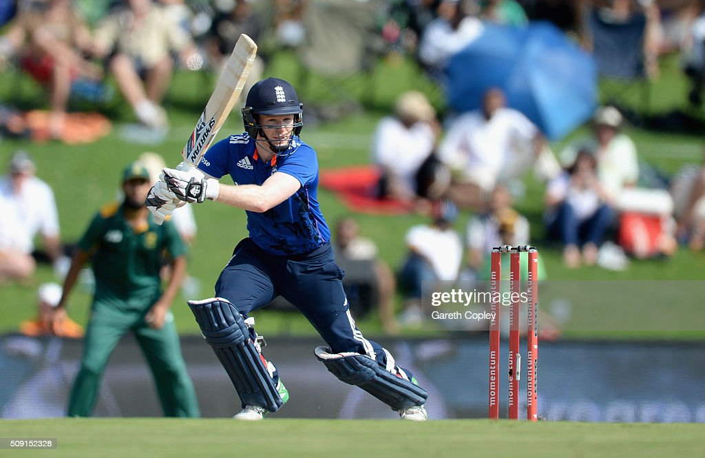 England captain <a gi-track='captionPersonalityLinkClicked' href=/galleries/search?phrase=Eoin+Morgan&family=editorial&specificpeople=689581 ng-click='$event.stopPropagation()'>Eoin Morgan</a> bats during the 3rd Momentum ODI match between South Africa and England at Supersport Park on February 9, 2016 in Centurion, South Africa.