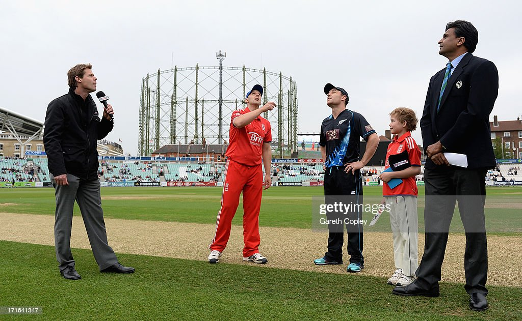 England captain <a gi-track='captionPersonalityLinkClicked' href=/galleries/search?phrase=James+Tredwell&family=editorial&specificpeople=653013 ng-click='$event.stopPropagation()'>James Tredwell</a> tosses the coin alongside New Zealand captain <a gi-track='captionPersonalityLinkClicked' href=/galleries/search?phrase=Brendon+McCullum&family=editorial&specificpeople=208154 ng-click='$event.stopPropagation()'>Brendon McCullum</a> ahead of the 2nd NatWest International T20 match between England and New Zealand at The Kia Oval on June 27, 2013 in London, England.