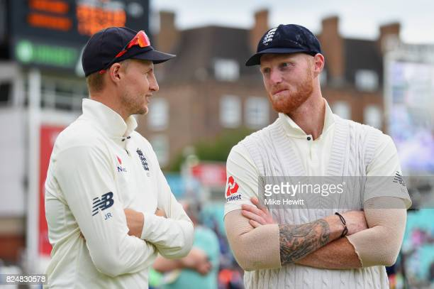 England captain Joe Root and Man of the Match Ben Stokes in discussion at the end of the 3rd Investec Test between England and South Africa at The...