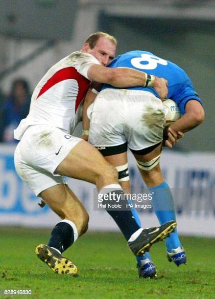 England captain Lawrence Dallaglio tackles Sergio Parisse of Italy during their RBS 6 Nations match at the Stadio Flaminio in Rome Italy