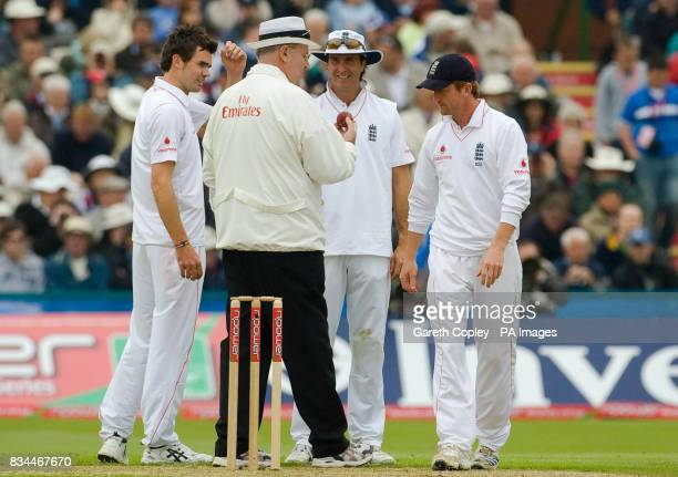 England captain Michael Vaughan James Anderson and Paul Collingwood talk to umpire Darrell Hair about the ball before it is changed during the Second...