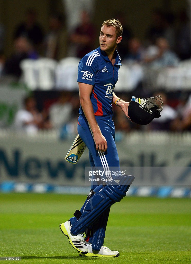 England captain <a gi-track='captionPersonalityLinkClicked' href=/galleries/search?phrase=Stuart+Broad&family=editorial&specificpeople=574360 ng-click='$event.stopPropagation()'>Stuart Broad</a> leaves the field after being dismissed by James Franklin of New Zealand during the international Twenty20 match between New Zealand and England at Seddon Park on February 12, 2013 in Hamilton, New Zealand.