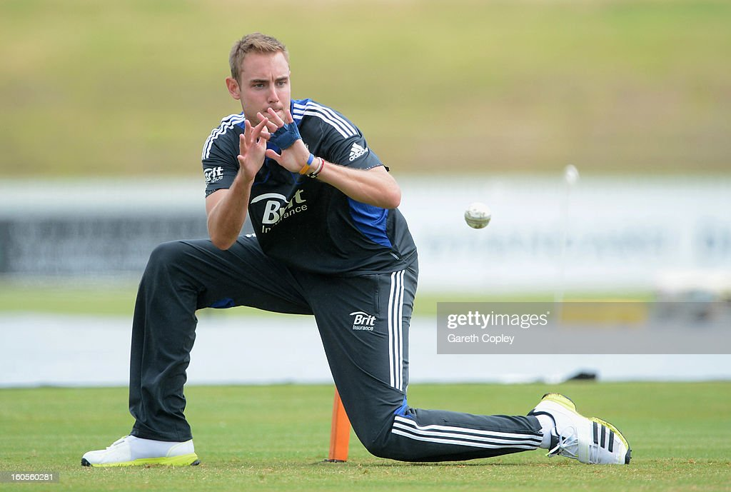 England captain <a gi-track='captionPersonalityLinkClicked' href=/galleries/search?phrase=Stuart+Broad&family=editorial&specificpeople=574360 ng-click='$event.stopPropagation()'>Stuart Broad</a> takes part in a fielding drill during a nets session at Cobham Oval on February 3, 2013 in Whangarei, New Zealand.