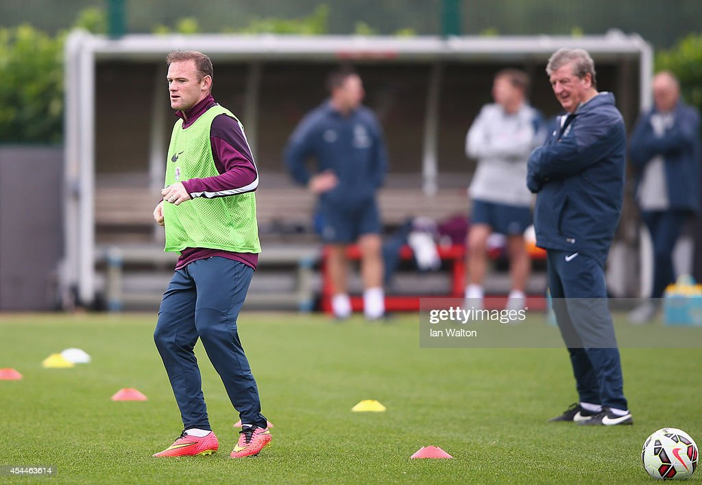 England captain <a gi-track='captionPersonalityLinkClicked' href=/galleries/search?phrase=Wayne+Rooney&family=editorial&specificpeople=157598 ng-click='$event.stopPropagation()'>Wayne Rooney</a> during a England training session before the international friendly match against Norway at London Colney on September 1, 2014 in London, England.