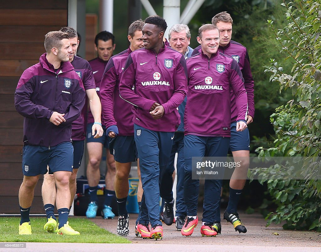 England captin <a gi-track='captionPersonalityLinkClicked' href=/galleries/search?phrase=Wayne+Rooney&family=editorial&specificpeople=157598 ng-click='$event.stopPropagation()'>Wayne Rooney</a> leads the squad out during a England training session before the international friendly match against Norway at London Colney on September 1, 2014 in London, England.