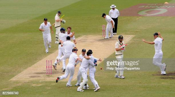 England celebrate after the final wicket of Australia's Michael Beer is taken by England bowler Chris Tremlett to win the 5th Test match between...