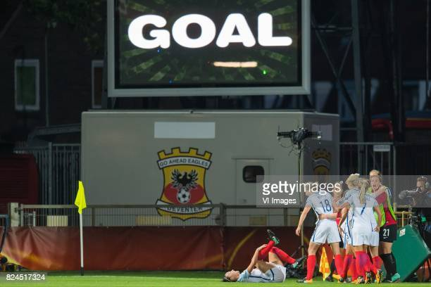 England celebrate the goal of Jodie Taylor of England women during the UEFA WEURO 2017 quarter finale match between England and France at The...