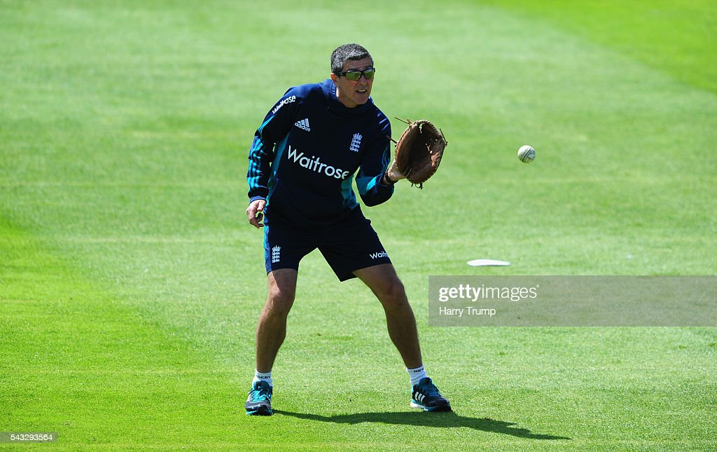 England Coach <a gi-track='captionPersonalityLinkClicked' href=/galleries/search?phrase=Mark+Robinson+-+Cricket+Player&family=editorial&specificpeople=15195815 ng-click='$event.stopPropagation()'>Mark Robinson</a> during the 3rd Royal Royal London ODI between England Women and Pakistan Women at The Cooper Associates County Ground on June 27, 2016 in Somerset, United Kingdom.